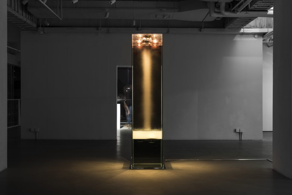 Donato Piccolo, Unnatural Thought, 2015, Glass, demineralized water, ultrasonic nebulizer, galvanized iron, fan, halogen, lamps 50 watt, potentiometer, channel audio, Exhibition view of