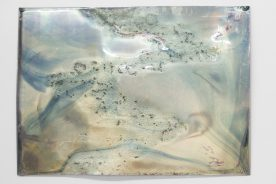 Untitled, Série L'Air de Rien, 2016, Colored varnish on plexiglass thermo-formed mirror, 50 x 70 cm