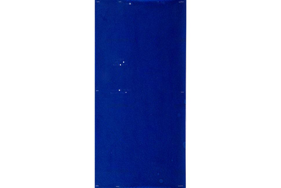 Gudny Rosa Ingimarsdottir, g + r, 2018, Blue carbon, sawing and typewriting, 14,5 x 29,9 cm