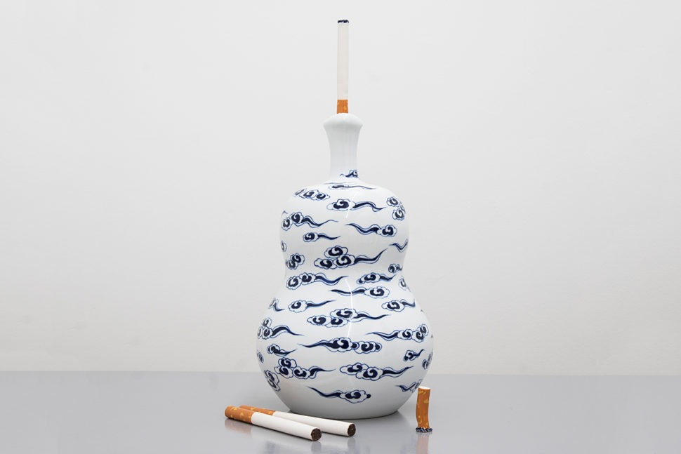 Jessica Lajard, The Seven Smokers #2, 2014-2016, Glazed porcelain and faience, 40,5 x 20 x 20 cm
