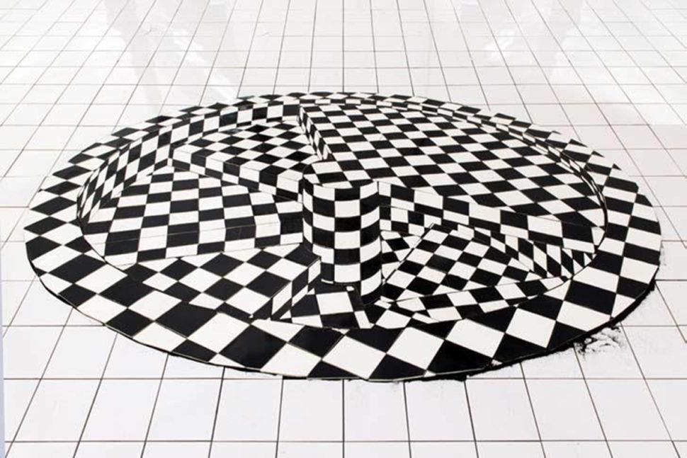 Colimaçon, 2007, Ceramic, 300 x 180cm