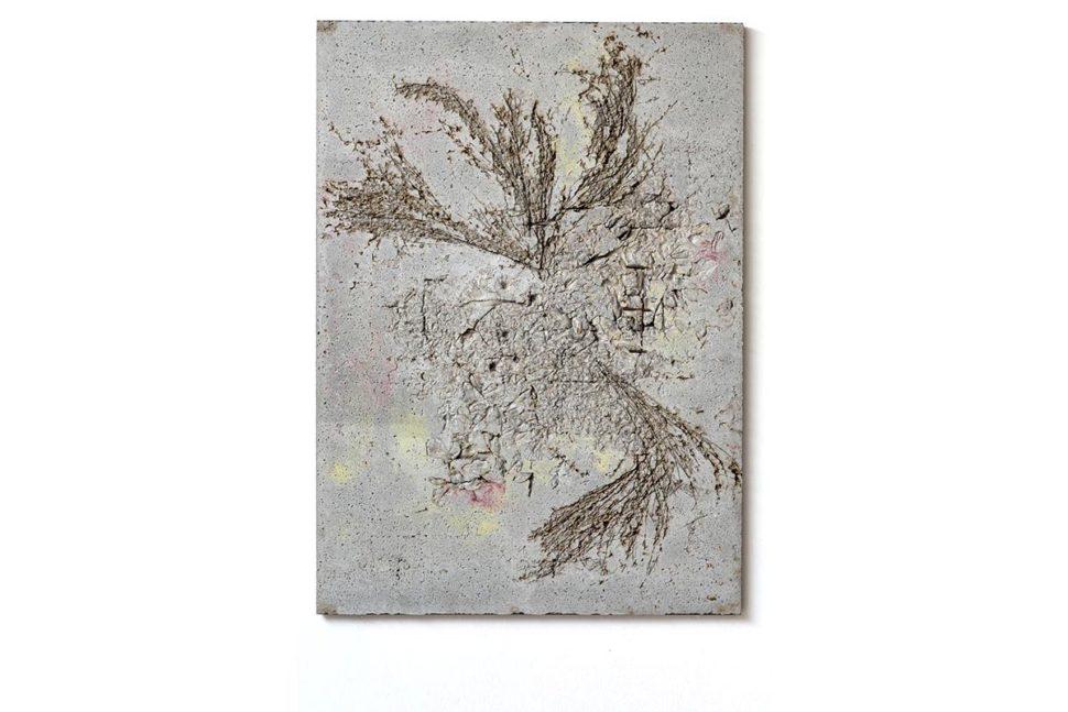 Alessandro Piangiamore, Ieri Ikebana 19122017, 2017, Concrete, flora, metal, 141 x 101 x 2,5 cm