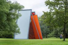 José Pedro Croft, exhibition view at Frieze Sculpture, London (UK), 2021